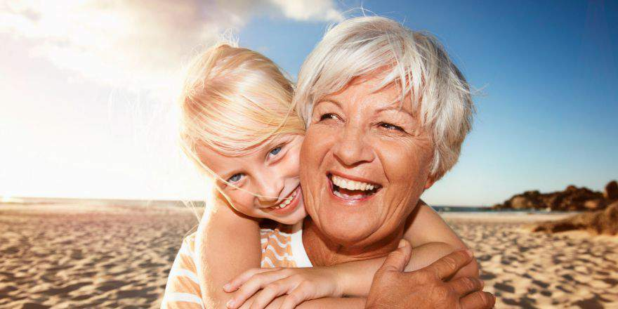 Op vakantie met ouderen 880×440