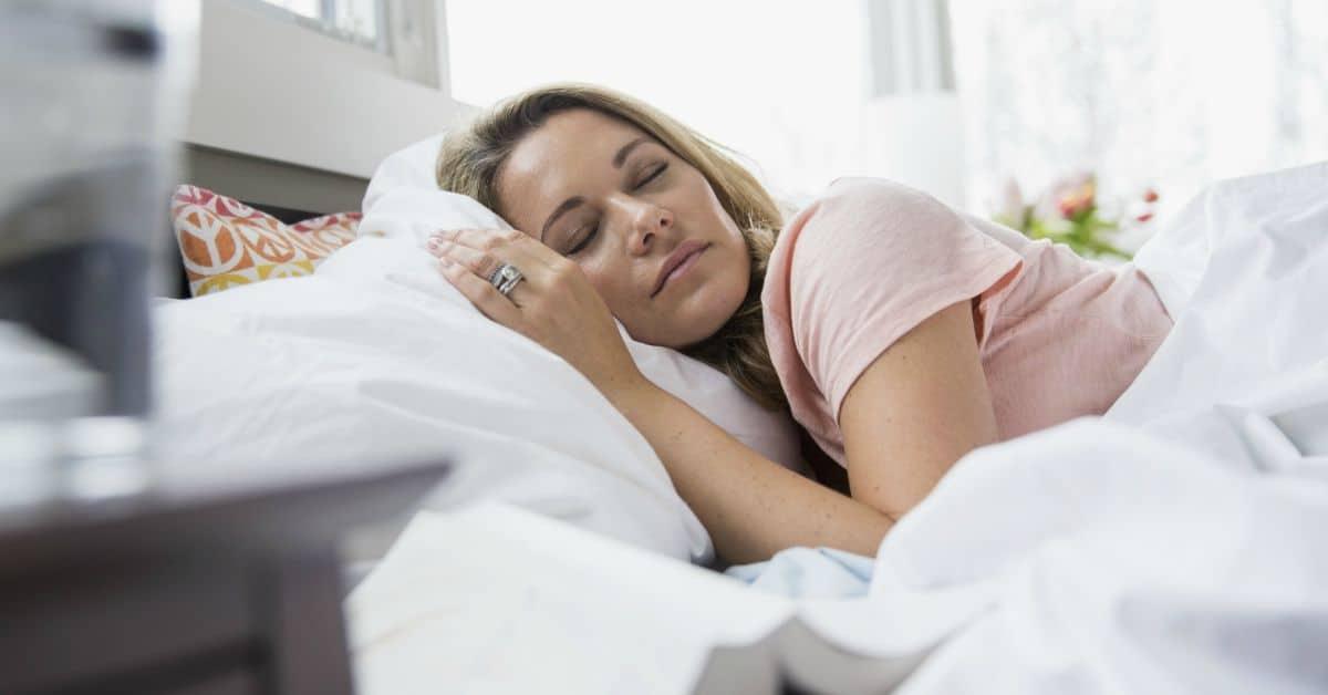 Alzheimer voorkomen door zij slapen facebook