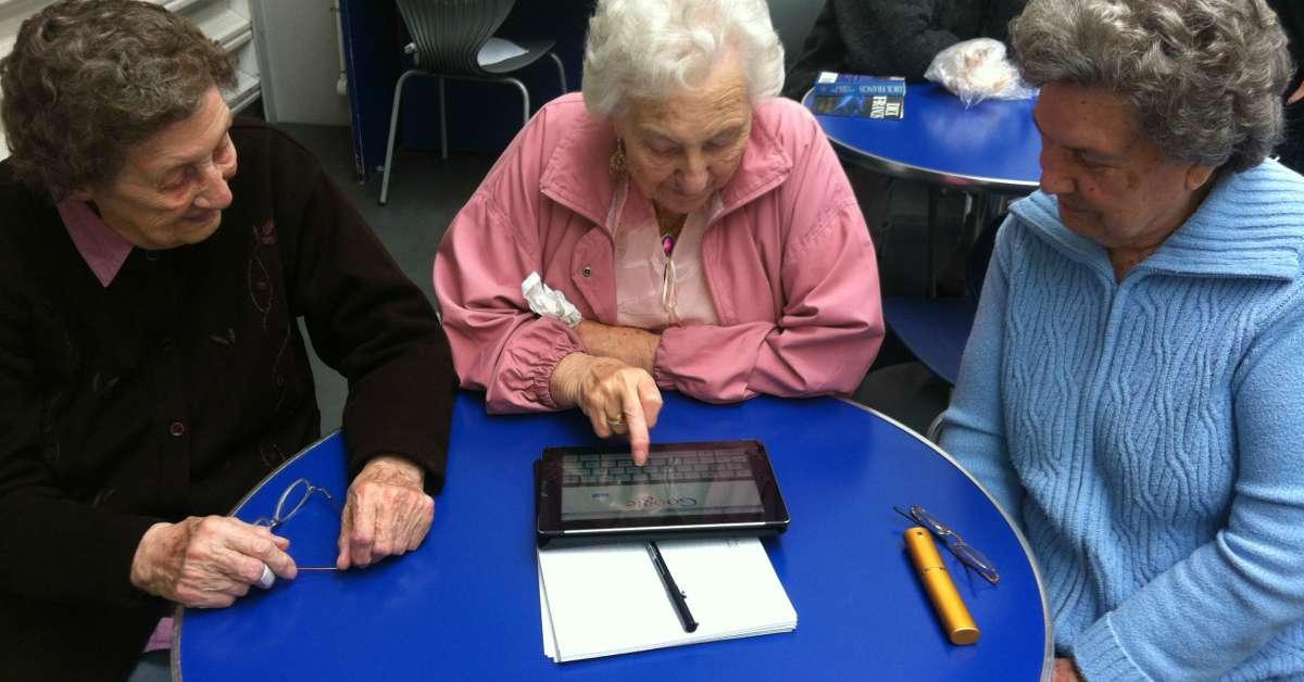 Computercursus voor ouderen facebook