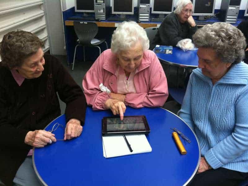 Computercursus voor ouderen google