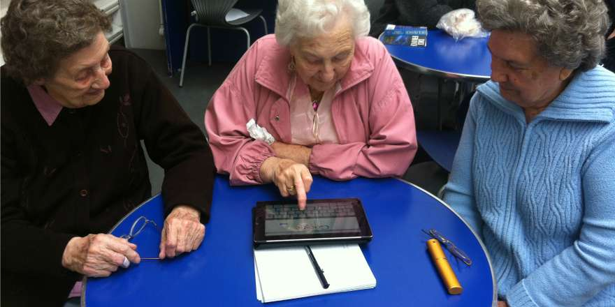 Computercursus voor ouderen twitter