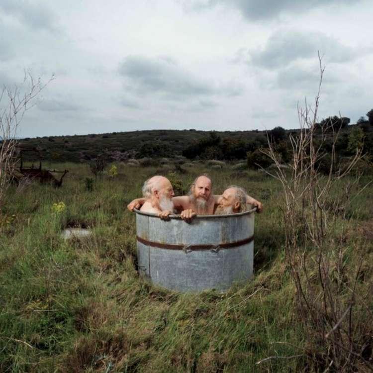 Broers in bad door Hanne van der Woude