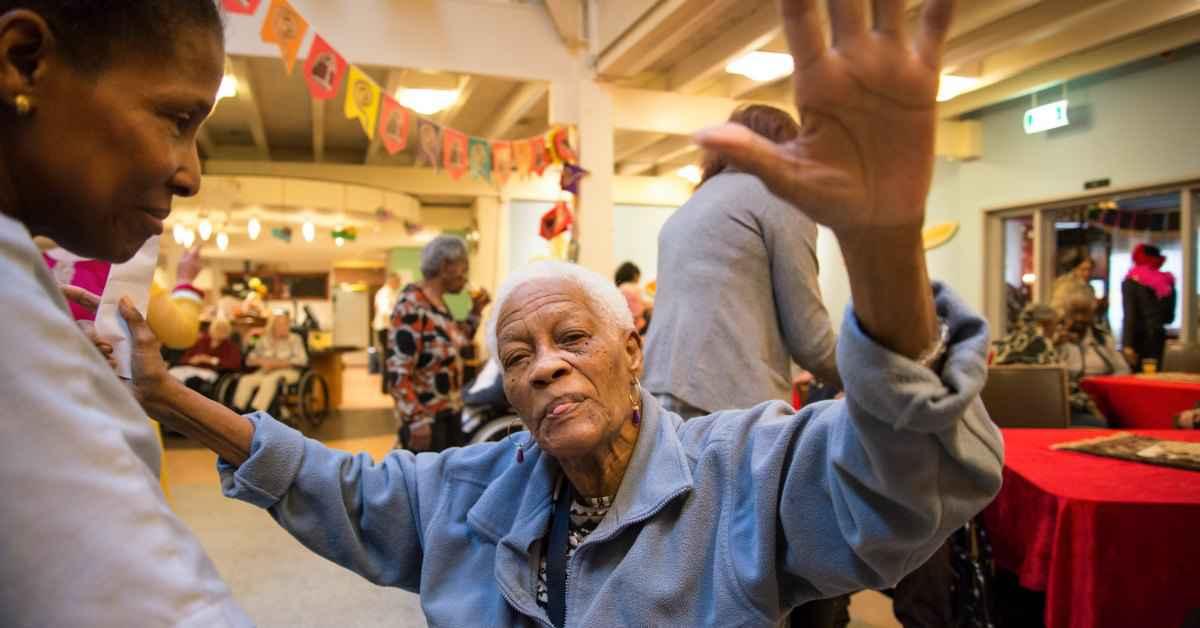 Disco voor ouderen in Amsterdam