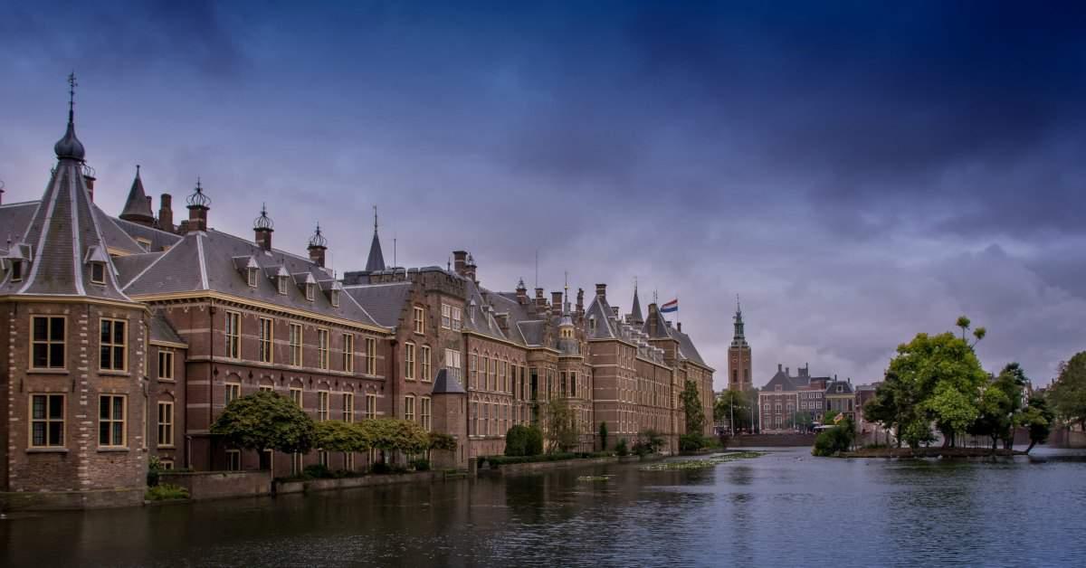 Het beste idee van Den Haag facebook