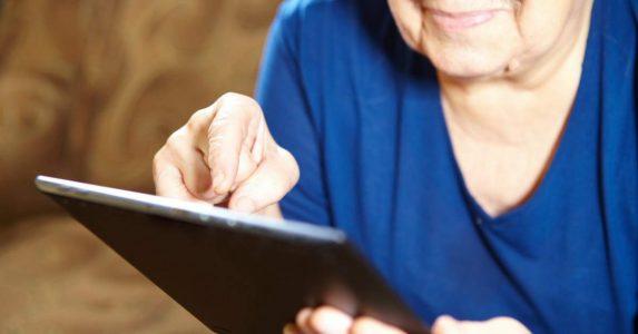 Online game over dementie