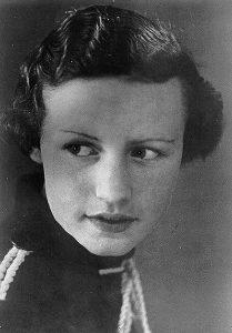 Moeder van Alice Bunt