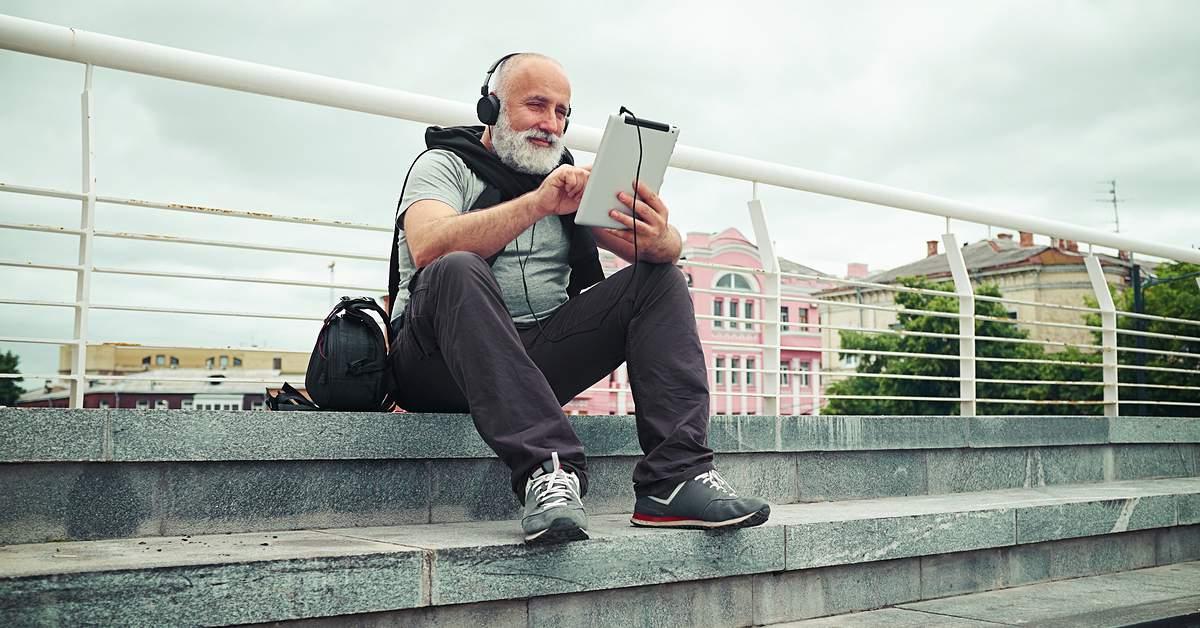 Internetgebruik onder ouderen toegenomen facebook