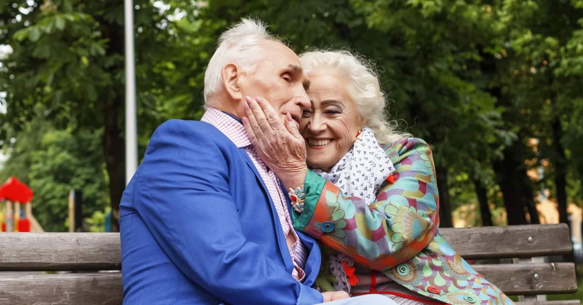 Intimiteit bij ouderen taboe facebook